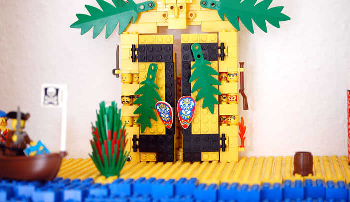 The amazing lego spice rack adventure island, closeup